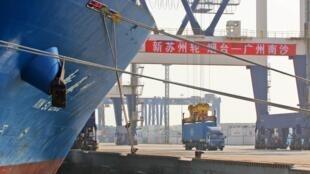 La baisse des exportations chinoises s'est accélérée en septembre, même chose pour les importations en recul depuis cinq mois consécutifs.