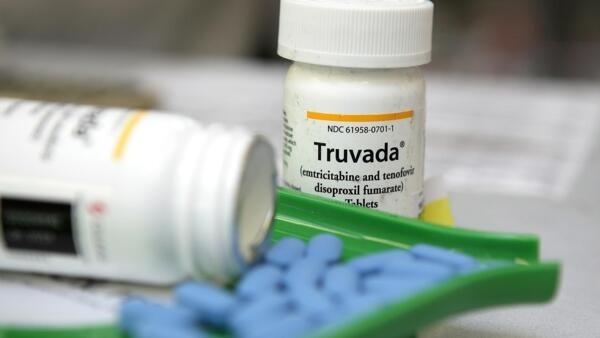 El medicamento Truvada está aprobado para el uso diario para adultos VIH negativos sin síntomas del VIH pero con alto riesgo de infección.