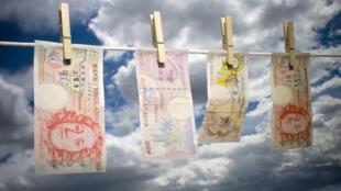 325 milliards de livres sterling auraient transité par le Royaume-Uni ces 30 dernières années (illustration).