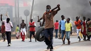 Manifestantes ontem em Bujumbura