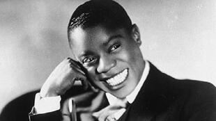 Louis Armstrong (1927).