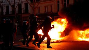 Diversos incidentes foram registrados no boulevard Saint Germain, em Paris