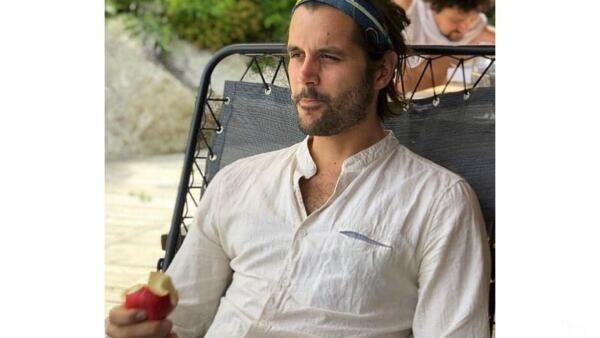 O jovem francês Simon Gautier, morto aos 27 anos após cair em um penhasco durante caminhada no sul da Itália.