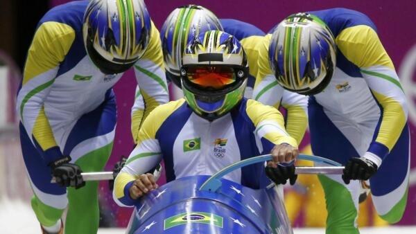 Equipe brasileira de bobsled.