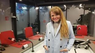 A cantora e compositora Anna Torres