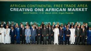 44 pays de l'Union africaine réunis au Rwanda ont signé l'accord créant la Zone de libre-échange continentale (Zlec), le mercredi 21 mars 2018.