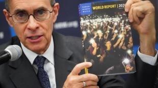 Ông Kenneth Roth, giám đốc điều hành của tổ chức Quan sát Nhân quyền (Human Rights Watch) giới thiệu bản Báo cáo Thế giới 2020 về tình trạng nhân quyền, tại trụ sở Liên Hiệp Quốc, New York, Mỹ, ngày 14/01/2020.
