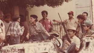 Leticia Herrera, Dora María Téllez, Fanor Urroz (Mariano) y El Gato. Junio 1979.