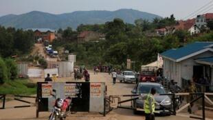 Le point de passage de Mpondwe, entre la RDC et l'Ouganda, le 13 juin 2019.