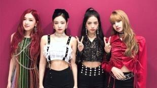 Blackpink نمونۀ یکی از گروههای موفق پاپ کرهای است که روی اینترنت با اقبال زیادی مواجه است