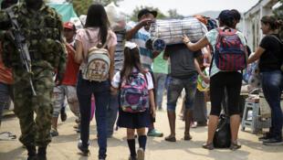Sistema educativo da Colômbia integrou 180 mil crianças e jovens venezuelanos.