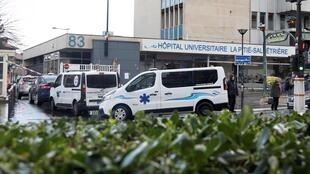 Bệnh viện Pitie-Salpetriere, Paris, cơ sở có thể tiếp nhận các ca bệnh bị nghi nhiễm virus corona.