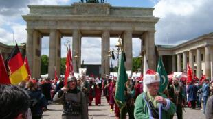 Célébration de la « Journée turque » (Türkischen Tag ou Turkish Day) près de la Porte de Brandebourg à Berlin en Allemagne. (Photo d'illustration).