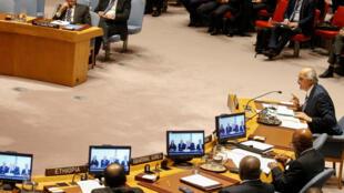 Bachar al-Jaafari, embaixador sírio na ONU, em reunião do Conselho de Segurança em 9 de abril.
