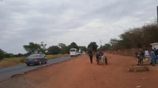 Route de Bambey au Sénégal.