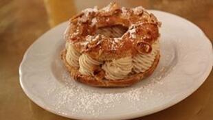 法国美味传统糕点巴黎-布雷斯特车轮泡芙(Paris-Brest)