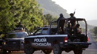 La police déployée à El Aguaje, État de Michoacan, le 14 octobre 2019. C'est là qu'a eu lieu l'embuscade.