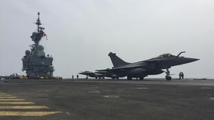 Fighter jet on aircraft carrier Charles de Gaulle