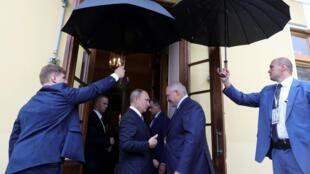 Владимир Путин и Александр Лукашенко в Санкт-Петербурге, 18 июля 2019