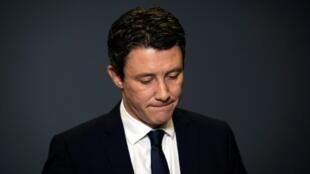 Benjamin Griveaux, durante el anuncio de la retirada de su candidatura a la alcaldía de París, el 14 de febrero de 2020 en la sede central de la AFP, en la capital francesa