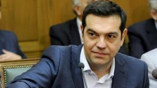 Премьер-министр Греции Алексис Ципрас на заседании первого после выборов совета министров, 25 сентября 2015.