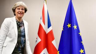 A primeira-ministra do Reino Unido Theresa May está em Bruxelas em busca progressos nas negociações do Brexit. Foto do 20/11/17