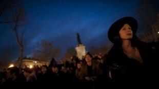 Акция протеста «Ночь на ногах» продолжается в Париже третью неделю — с 31 марта 2016 года.