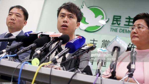 同情學生抗爭行動的香港立法會議員鄭俊宇