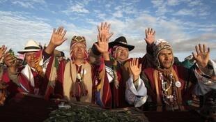 Os indígenas representam a maioria da população boliviana