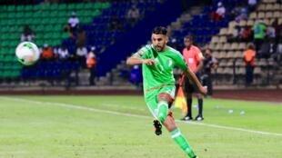 L'Algérien Ryad Mahrez face au Sénégal, le 23 janvier 2017.