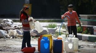 Abastecimiento en agua en Alepo, este 6 de abril de 2014.