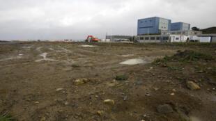 Photo de 2013 montrant la zone où devait être construit Hinkley Point A.