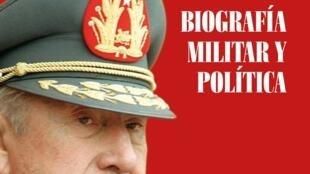 Capa da biografia de Augusto Pinochet.