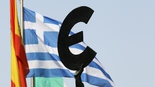 Detrás de las buenas intenciones de los miembros de la Eurozona, varios socios europeos han comenzado a evaluar el costo de una posible salida griega del euro.
