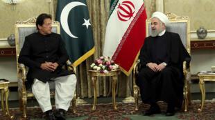 ប្រធានាធិបតីអ៊ីរ៉ង់ លោក Hassan Rouhani ជួបនាយករដ្ឋមន្ត្រីប៉ាគីស្ថាន Imran Khan នៅក្រុងតេហរ៉ង់ ថ្ងៃទី ២២មេសា ២០១៩