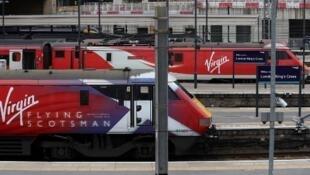 Les lignes de la Virgin Trains East Coast desservaient l'est du Royaume-Uni au départ de la gare de Kings Cross à Londres.