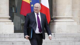 Ministro das Finanças, Michel Sapin, apresentou o projeto de lei nesta segunda-feira (6), na Assembleia Nacional francesa.