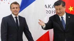 Emmanuel Macron et son homologue chinois Xi Jinping à Osaka lors du G20 le 29 juin 2019.