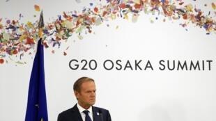 Le président du Conseil européen, Donald Tusk, lors d'une conférence de presse au sommet des dirigeants du G20 à Osaka, le 28 juin 2019.
