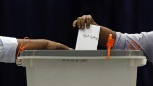 2013年馬爾代夫總統選舉.圖片攝於2013年9月7日總統選舉第一輪投票.