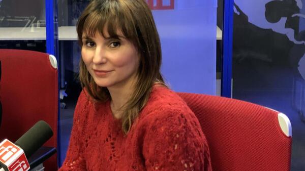 """A cineasta brasileira Petra Costa, diretora de """"Democracia em Vertigem""""."""