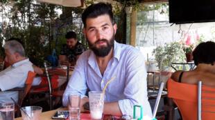 Basil, Syrien veut refaire sa vie à Athènes.