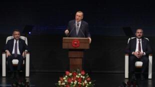 «Nous allons commencer dès que possible les activités d'exploration et de forage» dans une zone de Méditerranée orientale riche en hydrocarbures, a annoncé le président turc Recep Tayyip Erdogan, lors d'un discours à Ankara, le 16 janvier 2020.