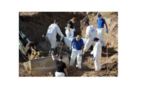 Le travail d'identification continue en Bosnie, grâce aux laboratoires  de la Commission internationale des personnes disparues  pôle mondial de la recherche en ce domaine.