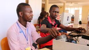 Étudiants à l'Université de Kankan en Haute-Guinée, Guinée.