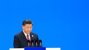 Xi Jinping, ici au Forum des importations de Shanghai, veut faire de la Grèce la base de l'expansion chinoise en Europe.