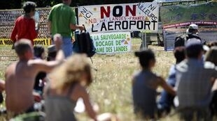Protesters gather this weekend at the Notre-Dame-des-Landes airport site.