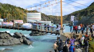 Manifestation contre HidroAysén dans la région d'Aysén dans le Sud du Chili, 2011.