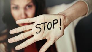 Dire stop aux violences faites aux femmes !