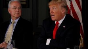 Tom Price (trái) : Thêm một người thân cận với tổng thống Trump phải từ chức.